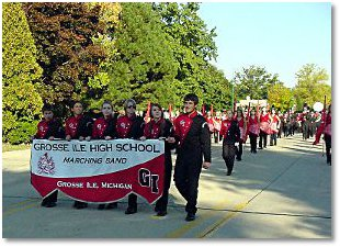Grosse Ile turns out en masse for annual parades, such as Homecoming